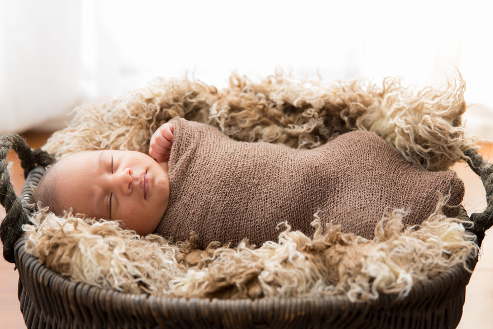 North Lakes Newborn Portraits