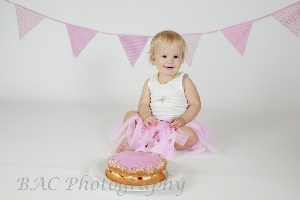 North Lakes Cake Smash Photography
