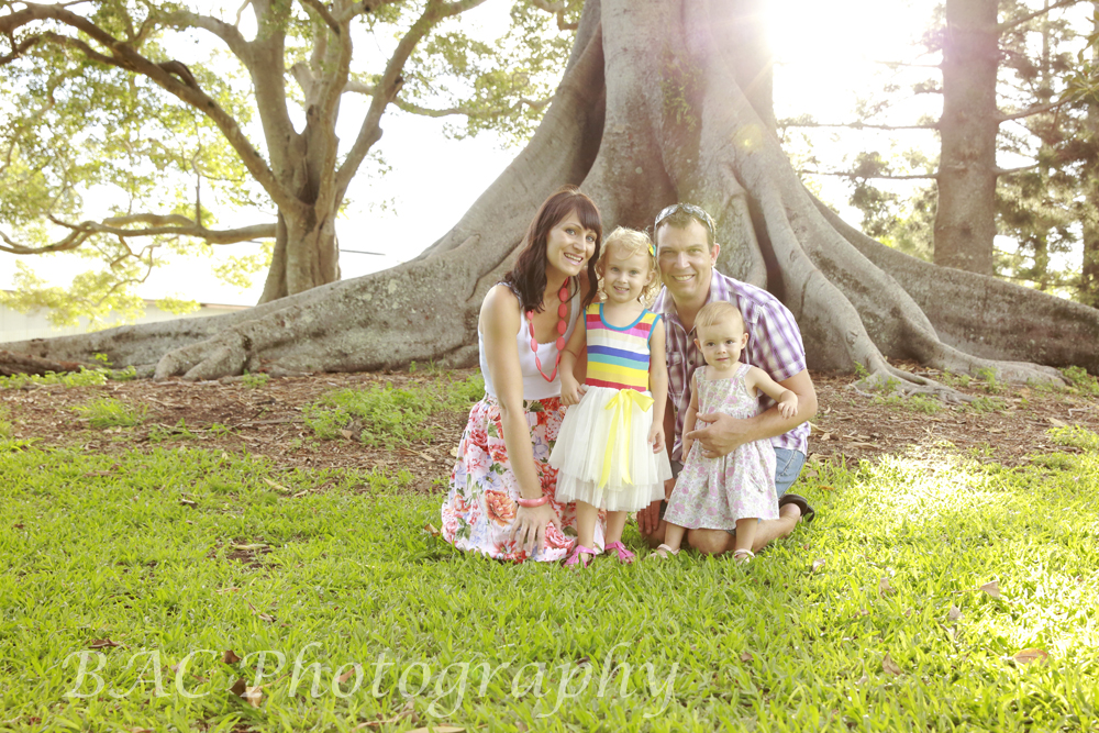 Old Petrie Town Family Portrait Photographer