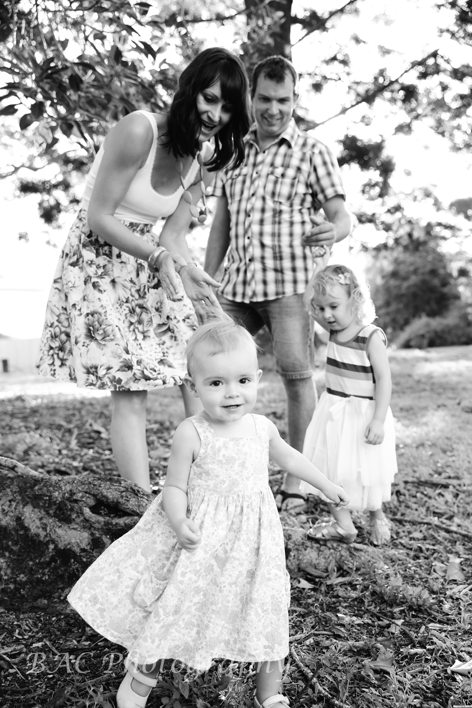 Old Petrie Town Family Portrait Photographer