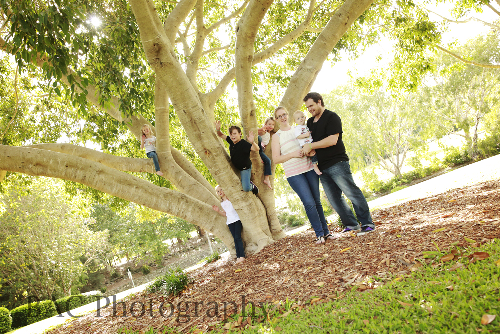 Centenary Lakes Family Portrait Photographer
