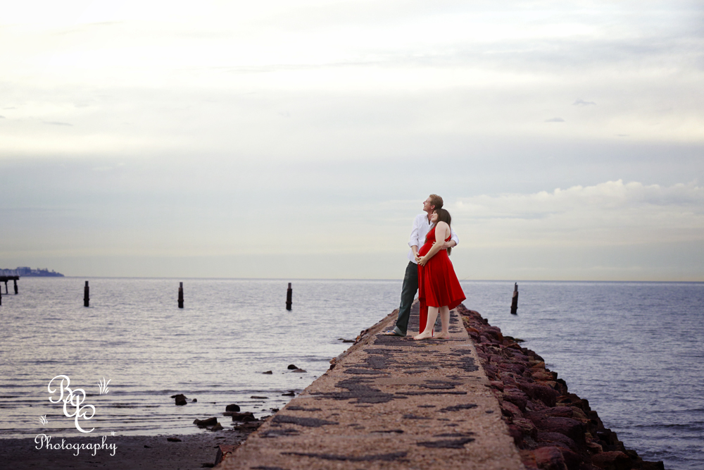Shorncliffe Beach Maternity Portrait