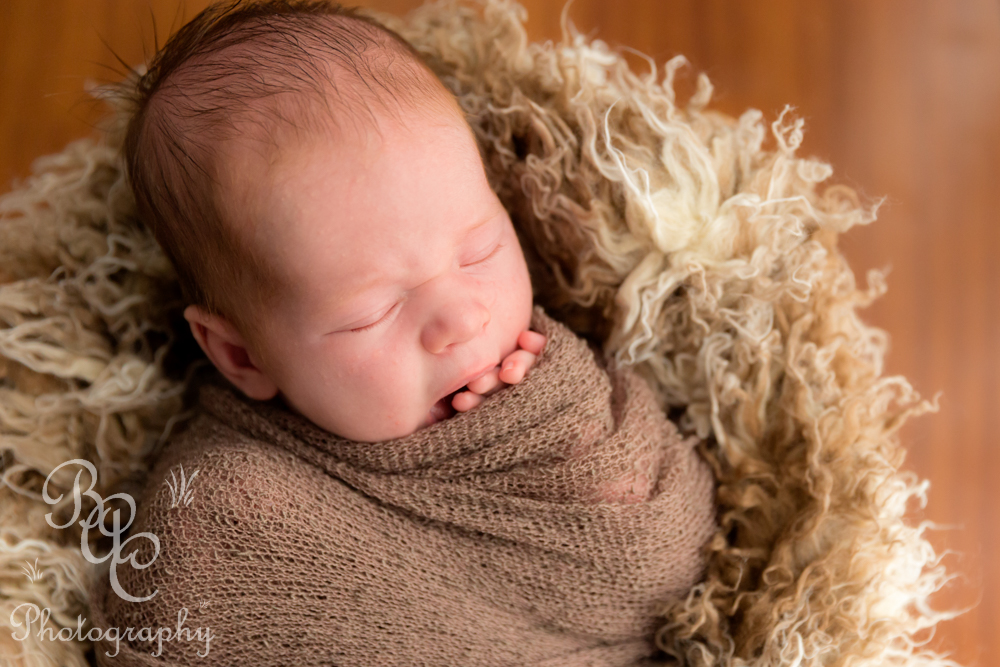 Brisbane Newborn Photographer and Filmaker