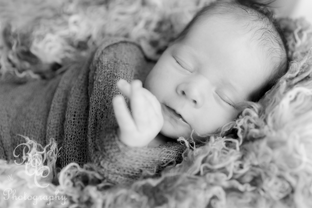 Brisbane Newborn Photographer and Filmmaker