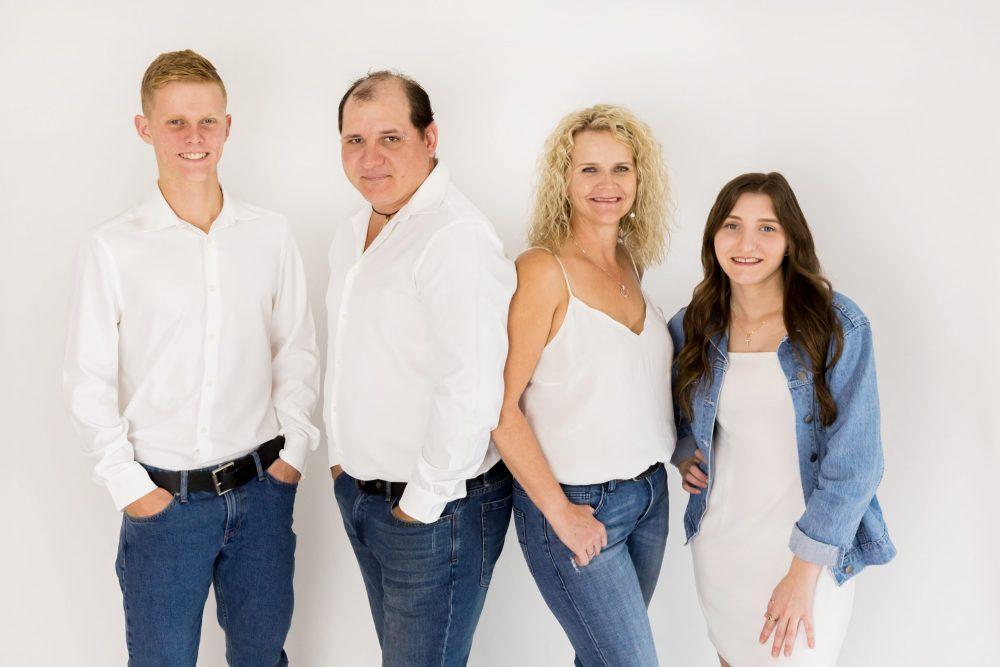 wear for family studio portraits