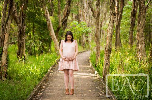 maternity portrait on boardwalk nudgee wetlands